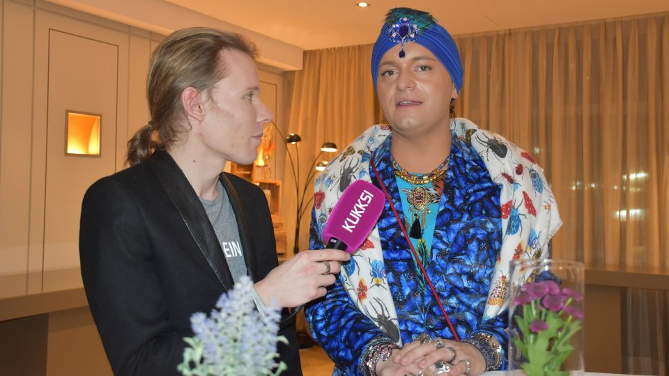 Julian F.M. Stoeckel im KUKKSI-Interview